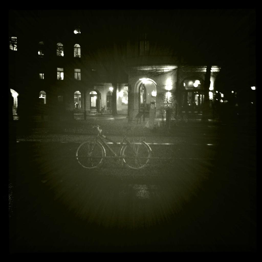 Cykel Katarina Bangata i dunkel